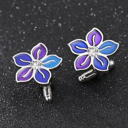 Gemelli di porpora mens online-Gemelli a fiore a cinque foglie per uomo gemelli viola brillanti con bottoni gemelli di colore viola