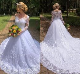 Vestidos de novia de encaje de manga larga modernos 2019 Bohemio de verano Una línea Vestidos de novia Apliques fuera del hombro Traje de baño con tren desde fabricantes