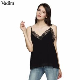 Sexy schwarze ärmellose spitzenbluse online-Vadim sexy v-ausschnitt spitze patchwork camis bluse mit futter ärmelloses rückenfreies hemd damen schwarz chic tank tops wt387 q190518