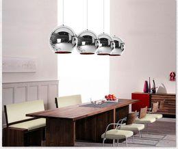 Modern Bakır Şerit Gölge Ayna Avize Işık E27 LED Sarkıt Modern Noel Cam Top Aydınlatma nereden