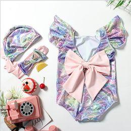 2019 maillot de bain pour enfants bébé enfants coloré poisson balance sirène 3pcs maillot de bain grand arc rose bandeau + chapeau + costume maillot de bain filles volants manches maillot de bain maillot de bain pour enfants pas cher