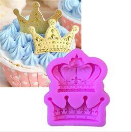Corone decorare online-New Bar Crowns da Princess Queen 3D Stampo in silicone Fondente Cake Cupcake Strumenti di decorazione Clay Resin Candy Fimo Super Sculpey