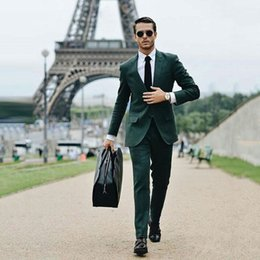 Trajes de hombre verde online-Hunter Green Trajes de hombre para empresas de bodas Trajes de hombre con dos botones Novio y esmoquin de dos piezas (Abrigo + Pantalones) Traje ajustado Homme Fiesta de graduación