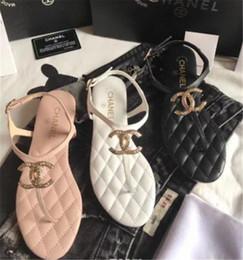 Argentina 2019 hombres mujeres sandalias zapatos de diseño de lujo de diapositivas de moda de verano ancho sandalias resbaladizas planas Flip Flop Suministro