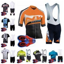 Equipo de ciclismo conjunto completo online-NORTH WAVE team Cycling Short Sleeves jersey culotte con tirantes conjuntos verano hombres transpirables cómodos y cómodos conjuntos de jersey deportivo al aire libre con cremallera completa S82318