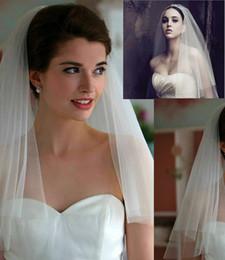 Mais barato 2019 Uma Camadas Véus De Noiva Branco Tule Curto Véu De Noiva Do Casamento Com Pente Fita Borda Acessórios De Noiva sem Pente de