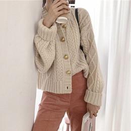 Cardigan trenzado grueso online-Otoño Invierno Lazy Ofa gruesa chaqueta corta de la vendimia de las señoras cuello redondo solo pecho Knit Cardigan Mujeres Twisted