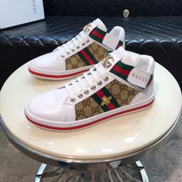 2019 marcas de calçado para homens Homens Sapatas de Lona Respirável Clássico Plana Masculina Marca Calçados Masculinos Causal Sapatos Novos Primavera Verão Sneakers para Homens marcas de calçado para homens barato