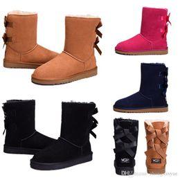2019 bottes de neige en daim Hiver Australie Bottes de neige classiques de haute qualité WGG bottes hautes cuir véritable Bailey bowknot bailey bow femmes bottes au genou chaussures taille US promotion bottes de neige en daim