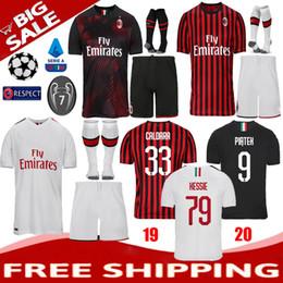 Milan jersey corto online-Top 2019 2020 AC milan Adult Kit camiseta + Shorts + Calcetines 19 20 camiseta de fútbol HIGUAIN BAKAYOKO BORINI CALDARA CUTRONE CALHANOGLU uniformes