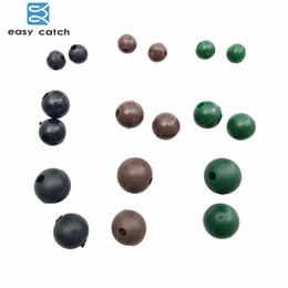 tacle facile Catch 50pcs Diamètre 4 5.5mm 8mm Doux Perles Carpe Noir Vert Café Rond Flottant Rig Perles Carpe De Pêche S'attaquer ? partir de fabricateur