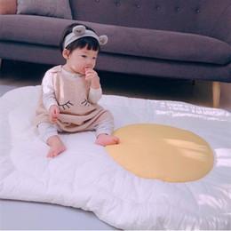 Caso bianco gioco online-Egg Design Bambino Crawling Mat In Carpet Arredamento per la casa Decorazione Stampa Gioco Pad Resistenza bianca per cadere Comodo 48zlC1