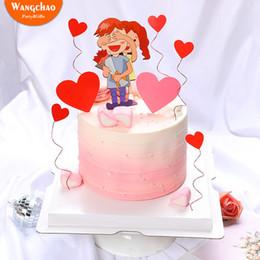 temas de bolos de casamento Desconto Amantes Bolo Topper Romântico Amor Em Forma De Coração Dia Dos Namorados Tema Aniversário De Casamento Bolo Decoração Fontes Do Partido