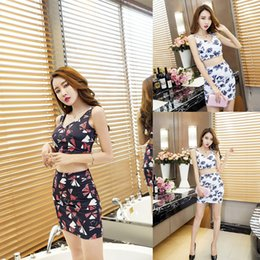a485f39e4095 New Korean Women Sexy Nightclub Set Printing Sleeveless Vest+ Half Hip Skirt  Two Piece Set A0081