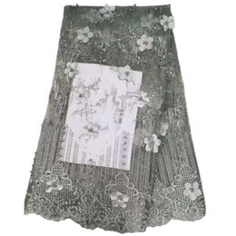 Encaje nigeriano de plata online-Vestido de encaje de encaje de plata gris de alta calidad tela africana del cordón flores 3d encaje francés 2019 bordado nigeriano cordones de tela X1504