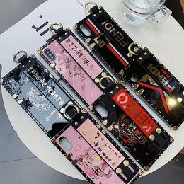 2019 telefone t5 2019 Luxury Designer capa de telefone para IphoneX / XS / XR / XSMAX / X 7plus / 8plus 7/8 6 / 6SP 6 / 6S Moda caixa do telefone com Marca Pulseira Kickstand