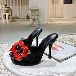 stilettos floreali Sconti Summer new satin tacco alto Flower bordare Stiletto fish mouth slippers Silk surface Rose Pantofole da donna