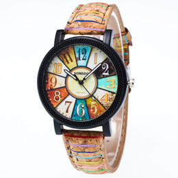 Женва смотрит на полосы женщин онлайн-Марка роскошные 18k золото президент часы Женева женщины мужчины электронные кварцевые часы ретро полоса pattern кожа наручные часы