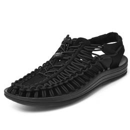 hand stricken schuhe Rabatt Handgemachte Mens Casual Schuhe Sommer Unisex Sandalen schnüren Strand Sandale Mann atmen Schuhe stricken Schuhe für Mann zy2211