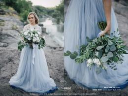 Hochzeitsgastkleider röcke online-Dusty Blau Zwei Stücke Brautjungfer Kleider mit kurzen Ärmeln Land Wedding Guest Kleid plus Größe Tüllrock formalen Partei-Abschlussball-Kleid