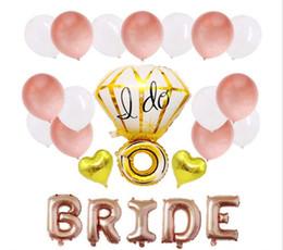 Celebración de oro online-28 piezas traje de despedida de soltera fiesta de oro rosa globo celebración de la boda decorar globos traje hago anillo de diamantes en forma de novia carta 8 5hy A1