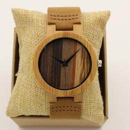 Moda de lujo Japón Cuarzo Hombres Reloj de madera Número grande Vendimia Banda de cuero genuino Bambú Dial Relojes de pulsera de madera Antibrittle desde fabricantes
