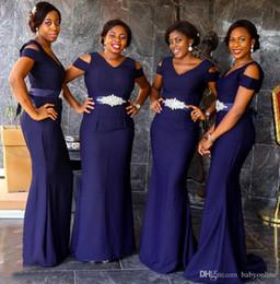 2019 vestidos de dama de honra roxo profundo Nigéria Meninas Sul Africano Meninas Deep Purple Bridesmaids Vestidos Com Cinto Frisado Cap Manga Até O Chão Sereia Vestidos de Convidados Do Casamento desconto vestidos de dama de honra roxo profundo