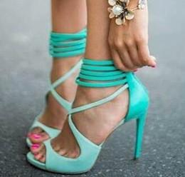 Argentina Lo nuevo Delicado Turquesa con tiras Sandas de tacón alto Corte cruzado Correa Mujer Vestido zapatos mujer Verano Jaula zapatos mujer supplier cage dresses Suministro