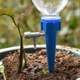 Tropfbewässerungsanlagen online-Water Drippers Tropfbewässerungssystem Plant Waterers DIY Automatische Tropfwasserspitzen Kegelbewässerung Pflanzen automatische Zimmerpflanzenbewässerung