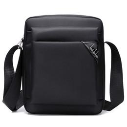 Sling de tabuleiro on-line-Mens Messenger Tablet Bolsa de Ombro Satchel Bolsa CrossBody Prático Sling Bag Homens Homens Sólidos Bolsa Sólida