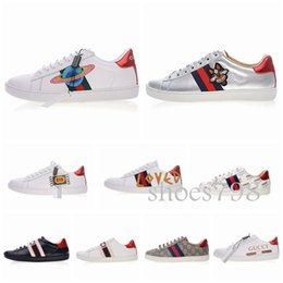 Argentina [con la caja] 2019 bee best Designer shoes Men Womens Casual Shoes Bee Stripes Shoes Walking Sports Trainers Luxury Ace bordado sneaker Suministro