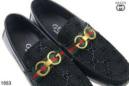 Scarpe dolci online-Scarpe da sera formali di marca di alta qualità per gli uomini delicati Scarpe di cuoio genuino nero scarpe da uomo a punta degli affari di Oxford degli uomini di punta