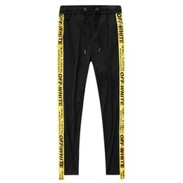 2019 Primavera y verano Nuevo patrón Hombre Tiempo libre nueve puntos Pantalones Pantalones 3821 desde fabricantes