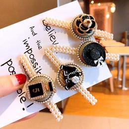 Fiori di smalto per gioielli online-Fashion Chic Camellia Flower Bottiglia di profumo numero 5 fermagli per capelli Barrettes perline di cristallo dello smalto della perla dello smalto per i monili dei capelli della ragazza delle donne