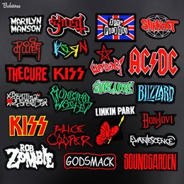 eisenmotive für kleidung Rabatt Super Rock BAND Music Bügeln Patch Aufkleber Motiv Abzeichen Buchstaben Gestickte Applikationen für Kleidung Jacke Rucksack