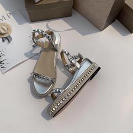 sandálias de vestido de prata calcanhar Desconto Saltos grossos Designer de Luxo Sandálias Senhoras de Luxo Sapatos De Grife de Prata Cor Wedding Party Dress Shoes Venda Quente