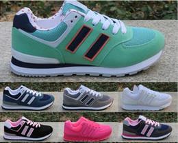 Zapatos de lunares de las mujeres online-Alta calidad 2018 otoño e invierno nuevos modelos hombres y mujeres zapatos casuales Zapatos de lona de estudiante Nuevos zapatos 36-45
