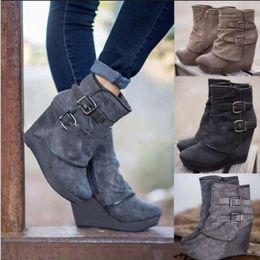 Zipper wedge casual on-line-Botas mujer 2018 novas mulheres botas de neve outono inverno mulher cunha fundo grosso sapatos casuais saltos com zíper martin botas de tornozelo y215fast