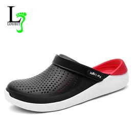 El tamaño grande 40-45 zapatos de verano de los hombres sandalias antideslizantes en 2019 zapatillas para hombre iluminadas planos ocasionales Snaekers sandalias 2019 nuevos desde fabricantes
