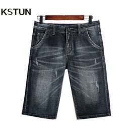2019 синие шорты человек KSTUN Denim Shorts Jeans Men Dark Blue Stretch Regular Fit  Washed Retro Leisure Mens Jeans Short Knee Length Pants дешево синие шорты человек