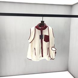 Männer pelz schal online-2019 Französisch Herbst und Winter neuesten Explosionen Wollschal wilde Art und Weise der Qualitätsmänner Designer Top-weißen Pelzmantel heißen Verkauf 4064