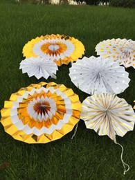Decoração de parede de papel de flores on-line-Hot Fãs de Papel de ouro decorações de casa Originais manual origami papel de flor festa de casamento fundo decoração da parede
