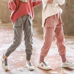 calça de veludo em veludo Desconto INS calças meninas 3-11 anos de idade de Algodão Grande bolso com rendas cuff veludo calças de veludo grosso de roupas das crianças das crianças