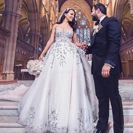 Corti abiti da chiesa online-2019 New Elegant A Line Abiti da sposa Sheer Jewel Neck manica corta Princess Style Church Abiti da sposa Abiti da sposa Custom