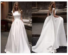 nuevos vestidos de novia de celebridades Rebajas Vestidos de novia con el bolsillo Vestido de novia blanco satinado sin mangas de vestidos de novia de longitud de vestido de boda