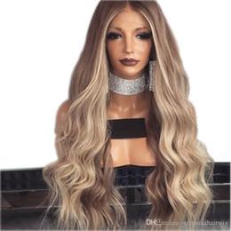 Longs cheveux ondulés bruns en Ligne-Partition moyenne Brownblonde perruque Sans Colle Longs Bouclés Ondulés Synthétiques Lace Front Perruques avec des Cheveux de Bébé Haute Température Cheveux Ombre Perruques Pour Les Femmes