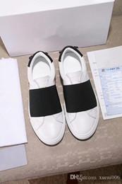 meilleures chaussures européennes Promotion Top Designer Casual Shoes Cheap Best de haute qualité des femmes des hommes de mode Chaussures de sport Chaussures de mariage Tous les 25 couleurs de la mode européenne ys180301011