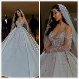 elástico de cetim vestido de bola vestidos de noiva Desconto Luxuoso Sparkly 2019 Africano Vestidos de Casamento Sheer Neck Mangas Compridas Vestidos De Noiva Frisada Lantejoulas Vestidos De Noiva De Cetim