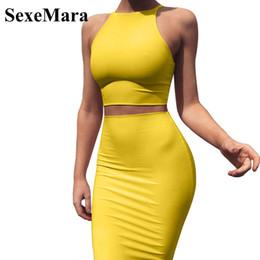 Faldas de vestido amarillo online-Anjamanor Crop Top y falda de dos piezas Vestido conjunto Club amarillo Traje de verano Ropa sexy para mujeres Conjuntos D53-az17 Q190507