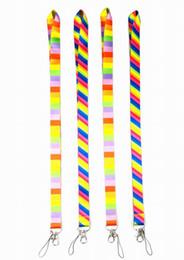 2019 hermosos celulares Envío gratis 50 unids Muy hermoso arco iris Cuello colorido Cordón para la cadena dominante de la ID del teléfono celular Correa de cuello Correas rebajas hermosos celulares